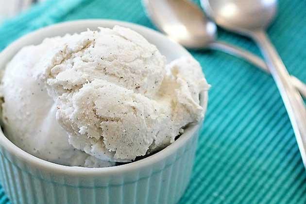 диетическое мороженое из банана и молока