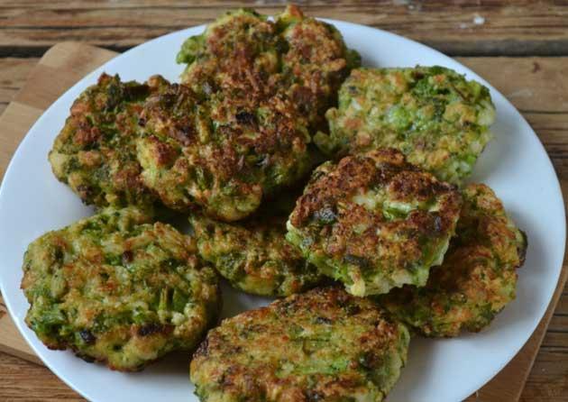 оладьи из брокколи и шпината